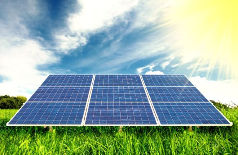 Read more about the article Do Solar Panels Absorb Light?