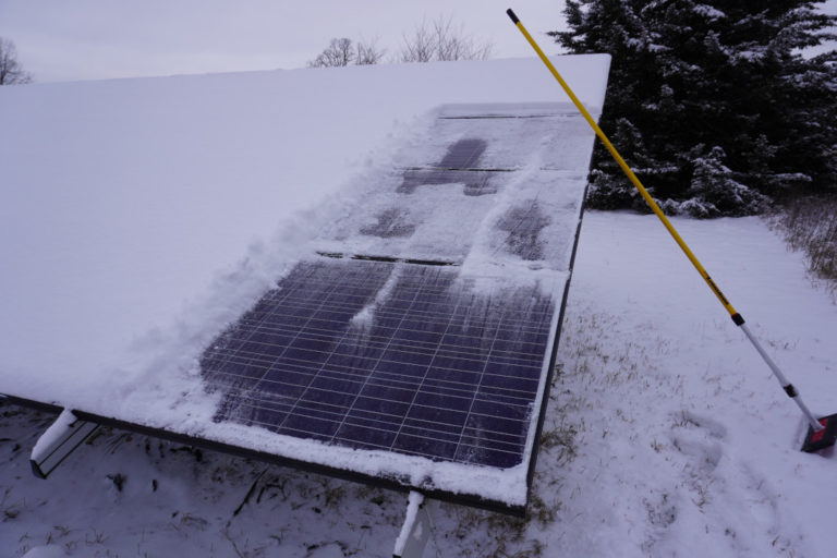 Read more about the article Do Solar Panels Work If Covered In Snow?